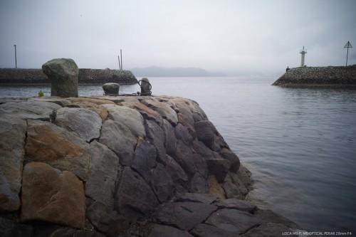 お気に入りの石積波止と石の係留柱(ビット)