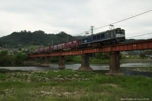 高梁川を渡るEF64