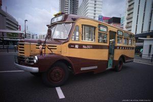 トモテツ ボンネットバス 昭和33年式